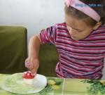 przepisy na potrawy dla dzieci - smaczne muchomorki 3