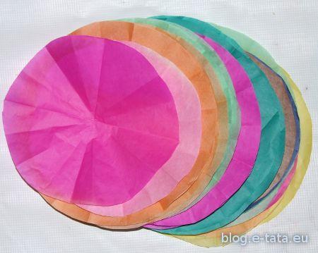 Kółka z kolorowej bibułki